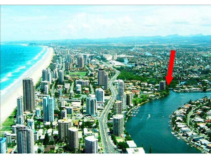 4/42 Monaco St, Broadbeach Waters QLD 4218