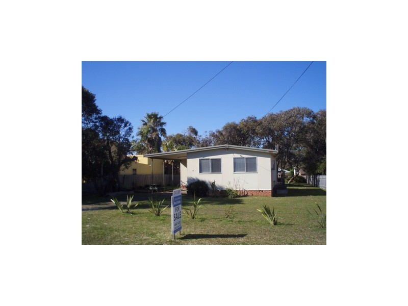 6 eastwood avenue, Culburra Beach NSW 2540