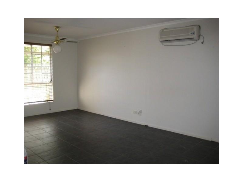 43 Brugh Street, Aldershot QLD 4650
