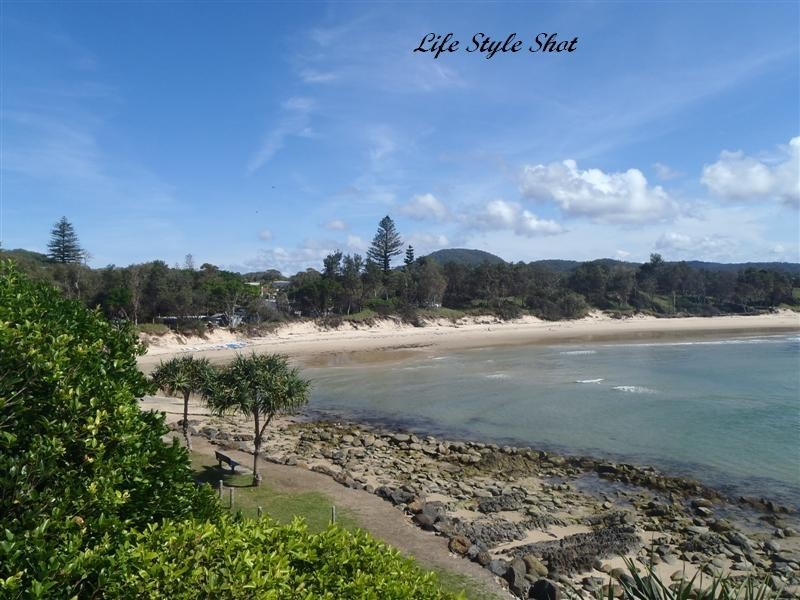 2 Scotts Head Rd, Scotts Head NSW 2447