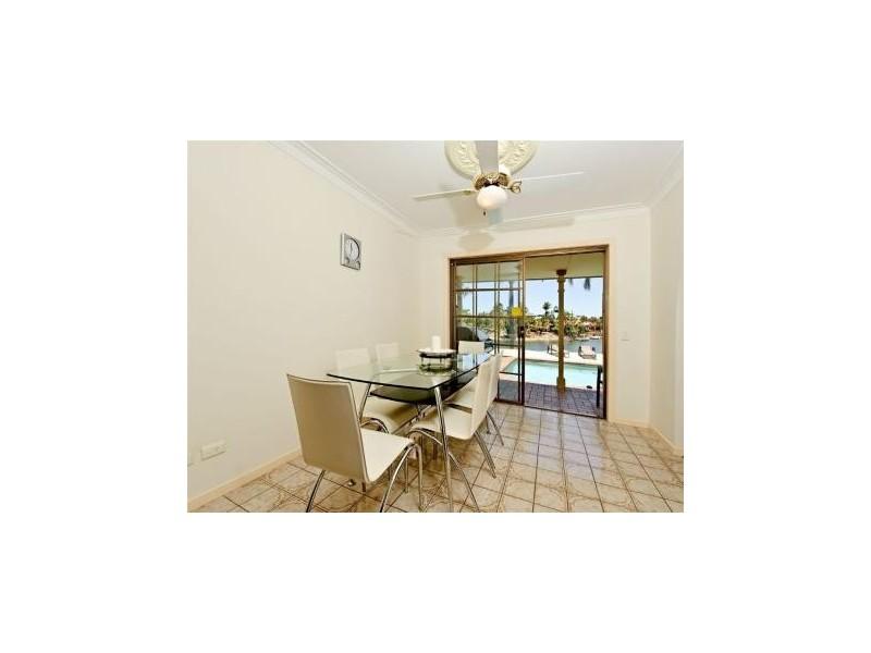 38 Merrimac Blvd, Broadbeach Waters QLD 4218