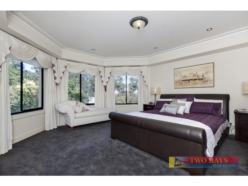 14 Rannoch Avenue, Mount Eliza VIC 3930