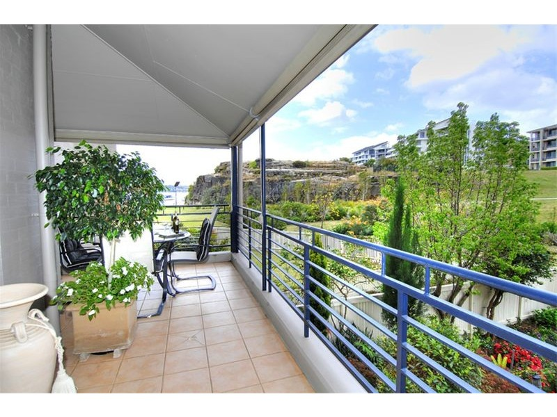 12/3  Harbourview Crescent, Abbotsford NSW 2046