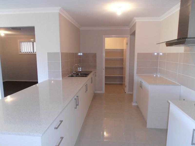 18 Oystercatcher Street, Aberglasslyn NSW 2320