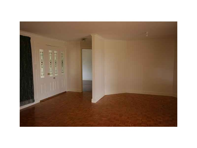 Manchester Square NSW 2577