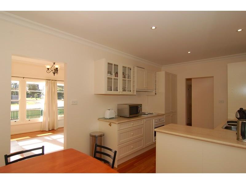 1 Knowles Road, Aylmerton NSW 2575