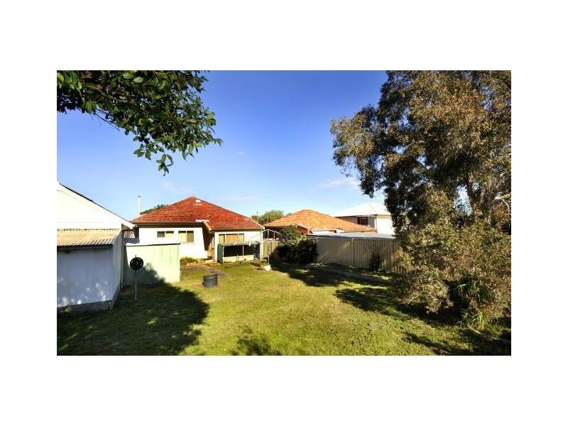 34 Eyre Street, Chifley NSW 2036