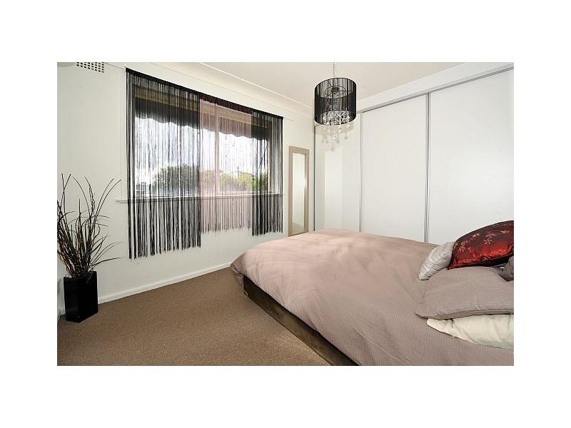 33 Forrest Street, Chifley NSW 2036