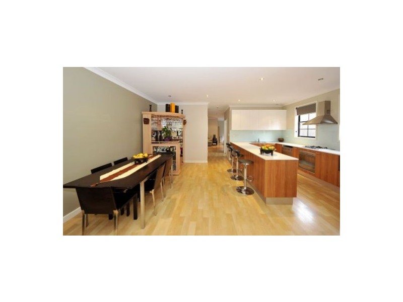 32A Eyre Street, Chifley NSW 2036