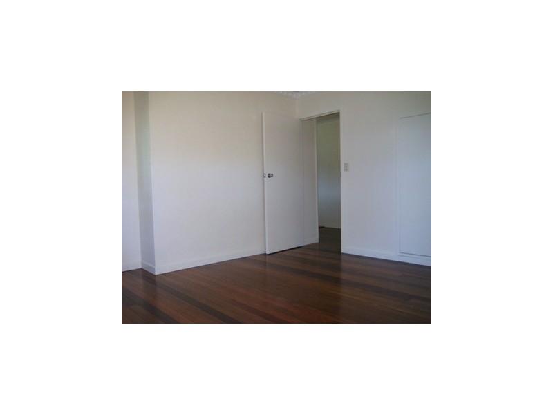 89 Nadine St, Graceville QLD 4075