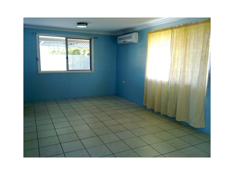 15 Shillam Street, Kawana QLD 4701