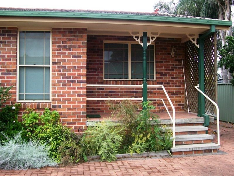 4/83 Kelso Street, Singleton NSW 2330