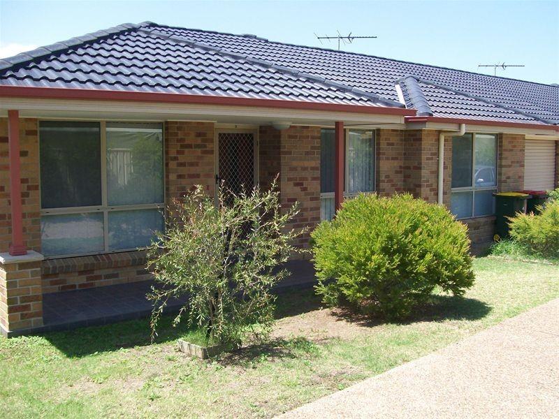 2/19 Dargin Close, Singleton NSW 2330