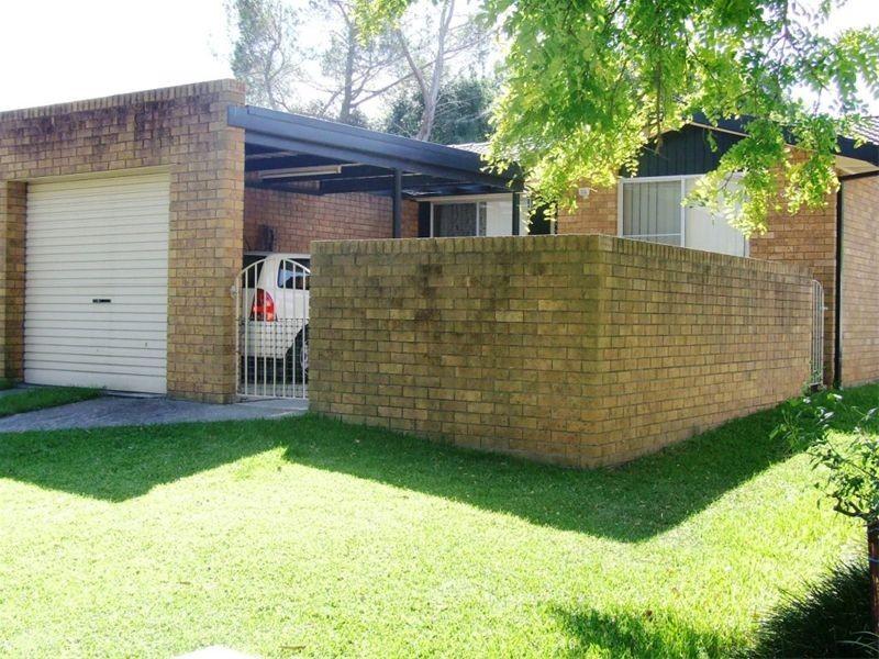 1/10 Townhead Crescent, Singleton NSW 2330