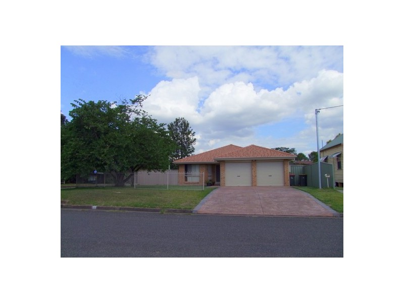 31 Doyle Street, Singleton NSW 2330