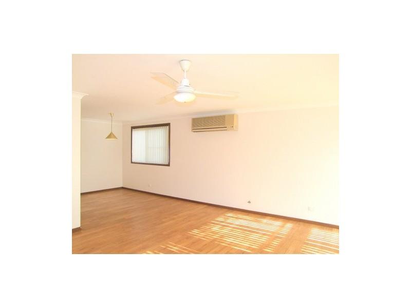 2 Wilmot Place, Singleton NSW 2330