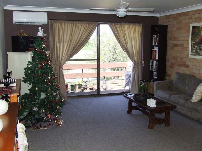 12/82 Blaxland Avenue, Singleton NSW 2330