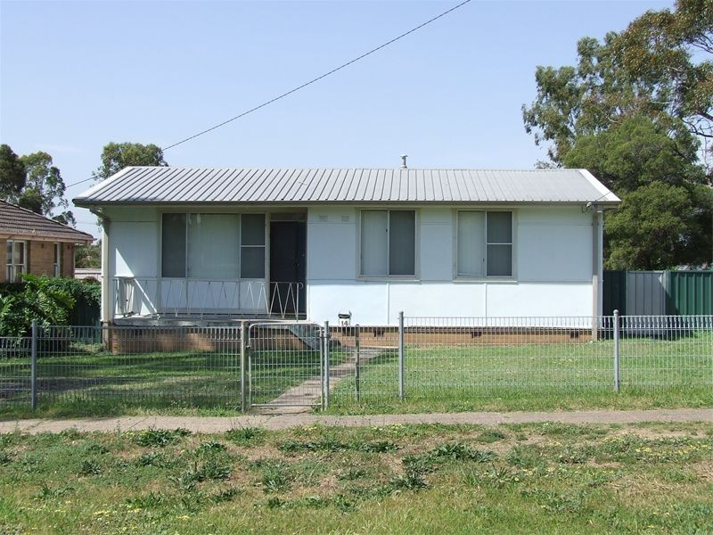 14 Wentworth Avenue, Singleton NSW 2330