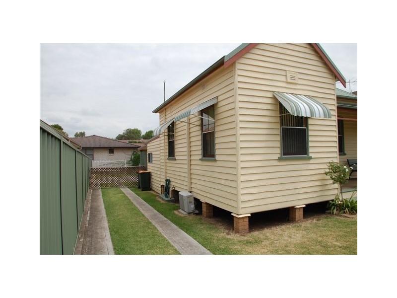 29 Doyle Street, Singleton NSW 2330