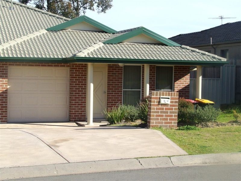 2/8 Wilkinson Blvd, Singleton NSW 2330