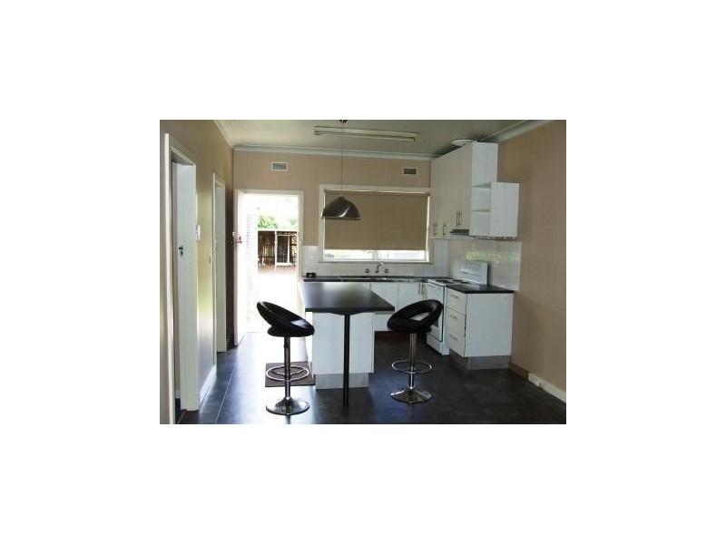 1/10 Dalton Avenue, Singleton NSW 2330