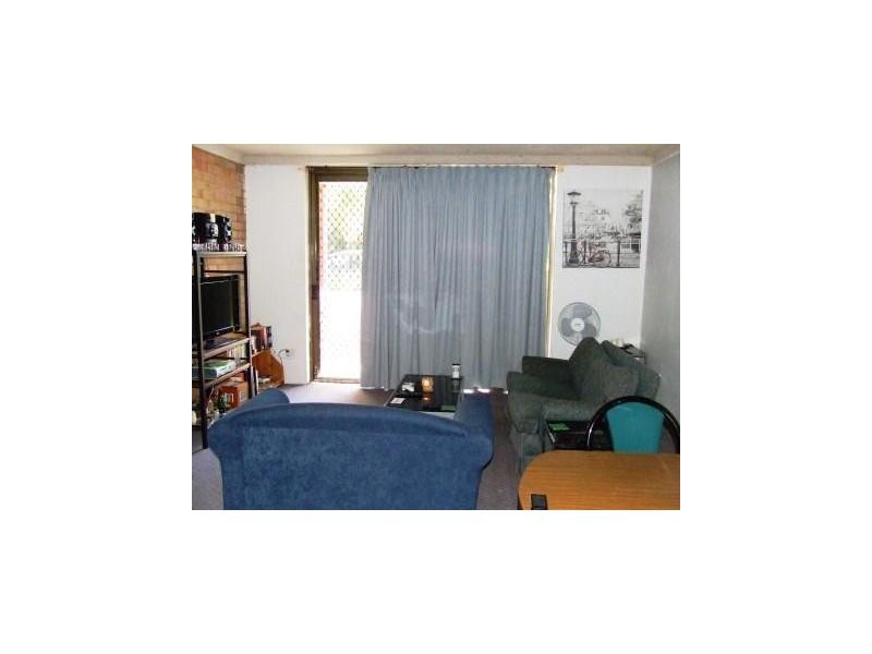 3/82 Blaxland Avenue, Singleton NSW 2330