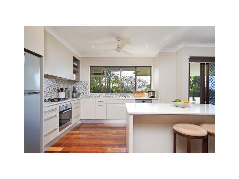 59 Summer Hill Drive, City View, Mooroobool QLD 4870
