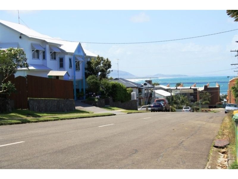 Unit 4 Hakea 31 Mayfield Street, Alexandra Headland QLD 4572