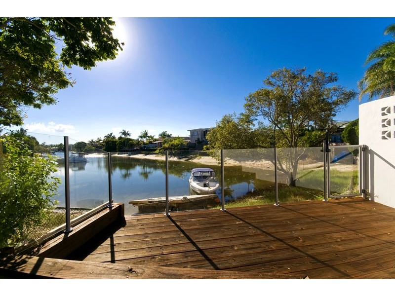 33 Rio Vista Boulevard, Broadbeach Waters QLD 4218