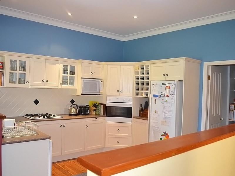 24 William Street, Bundanoon NSW 2578