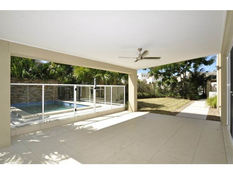 2/5018 Riverwood Grove, Ashmore QLD 4214