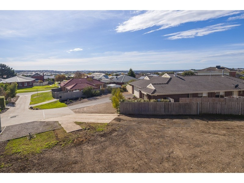 3 Pine  Court, Waurn Ponds VIC 3216