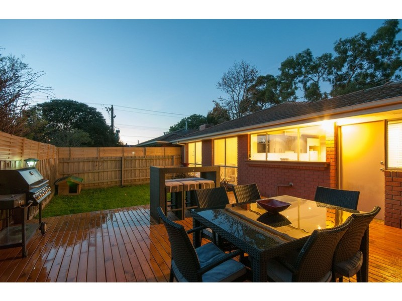 2/275 Canterbury Road, Bayswater North VIC 3153