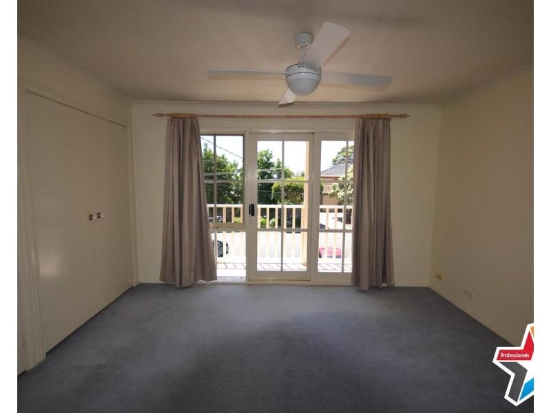 21 Meadowgate Drive, Chirnside Park VIC 3116