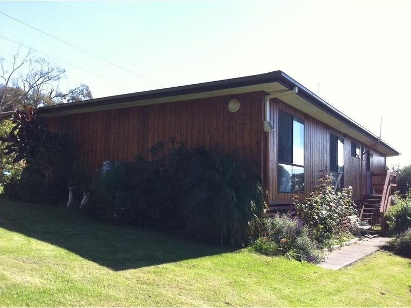 235 Banks Road, Gormandale VIC 3873