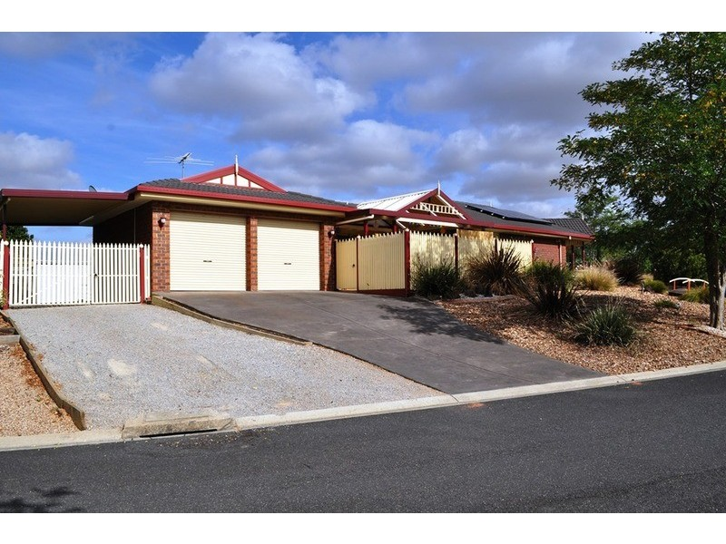 1 Hamilton Court, Bacchus Marsh VIC 3340