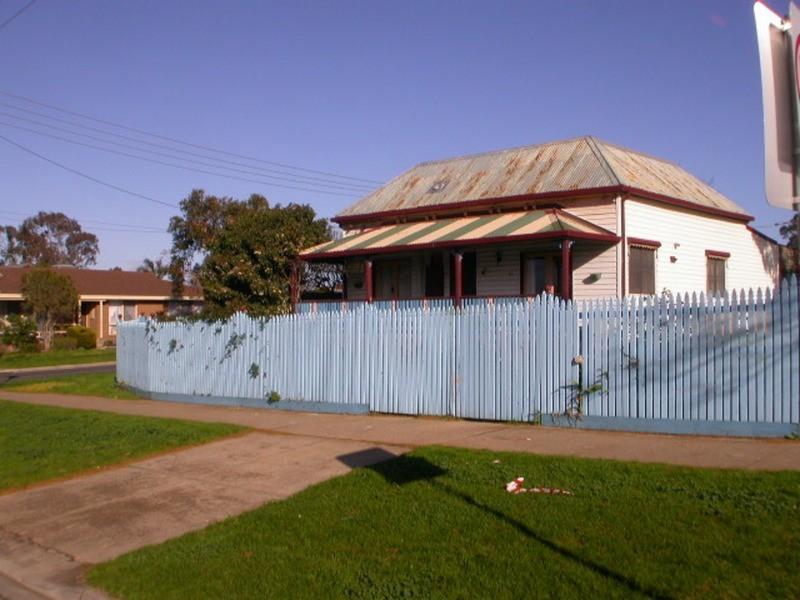 13 Nelson Street, Bacchus Marsh VIC 3340