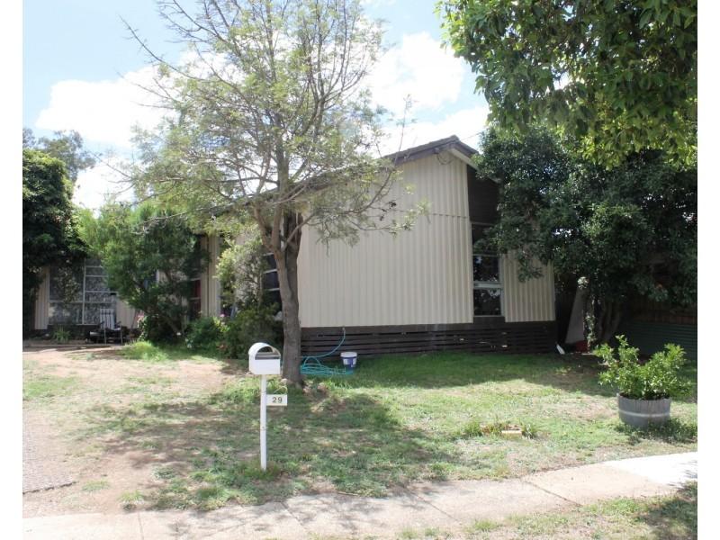 29 Lyle Street, Bacchus Marsh VIC 3340