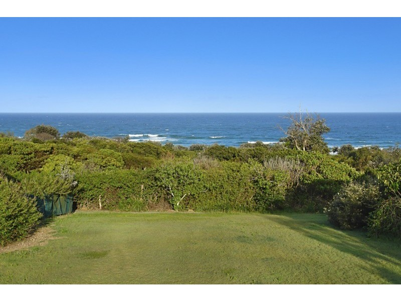 1 White Water Court, East Ballina NSW 2478