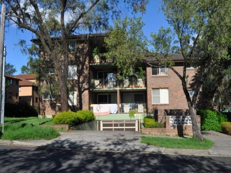 8/35-37 Jacobs Street Street, Bankstown NSW 2200