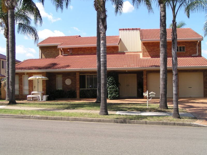 22 Darling Street, Abbotsbury NSW 2176