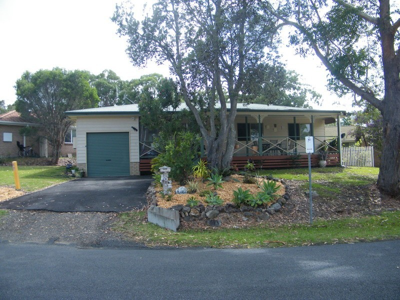 94 Green Point Drive, Green Point NSW 2428