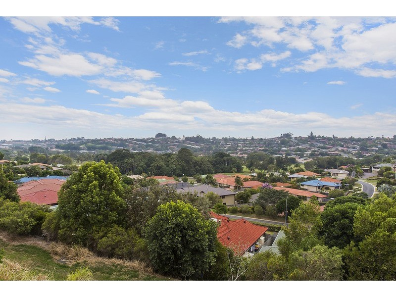 1 /79  Glen Ayr Drive, Banora Point NSW 2486