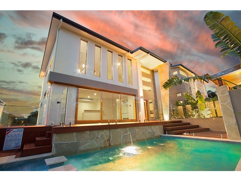 67 Stapylton Street, Coolangatta QLD 4225