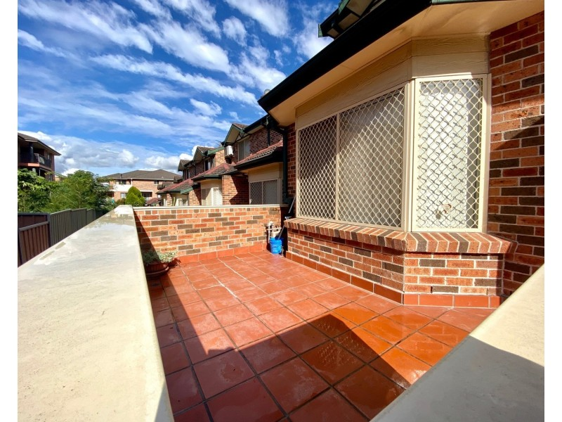 2/2-4 Myrtle Road, Bankstown NSW 2200
