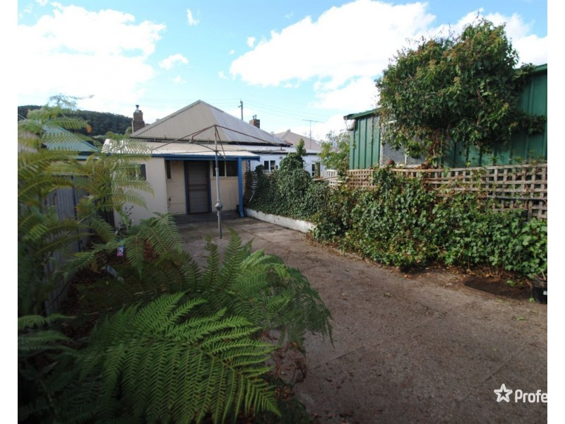 41 Read Avenue, Lithgow NSW 2790