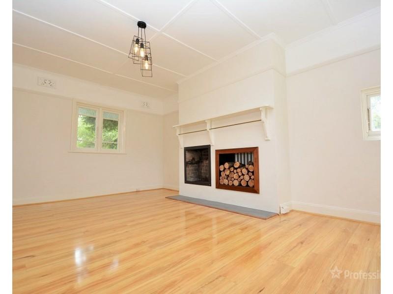 21 Macauley Street, Lithgow NSW 2790