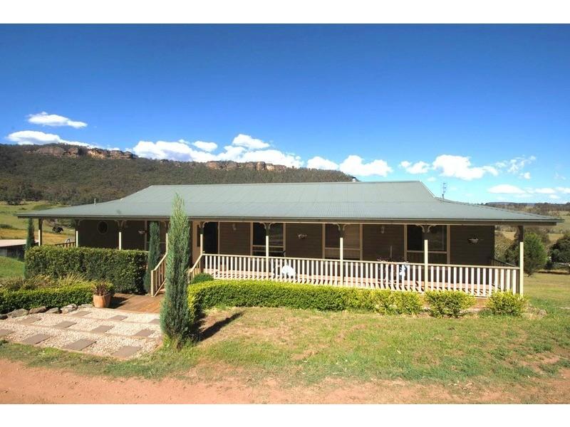 6 Daintree Close, South Bowenfels NSW 2790