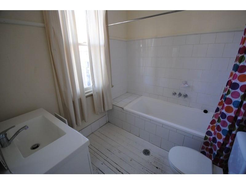 42 Hayley Street, Lithgow NSW 2790