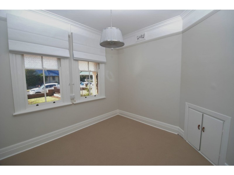30 Albert Street, Lithgow NSW 2790